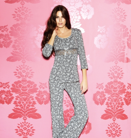 Pijama estampado 45€