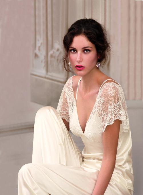 esclusivos encajes de calais en la colección novia de Lise Charmel