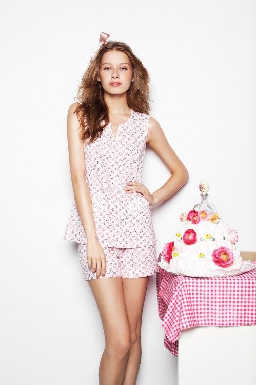 pijama estampado en color rosa
