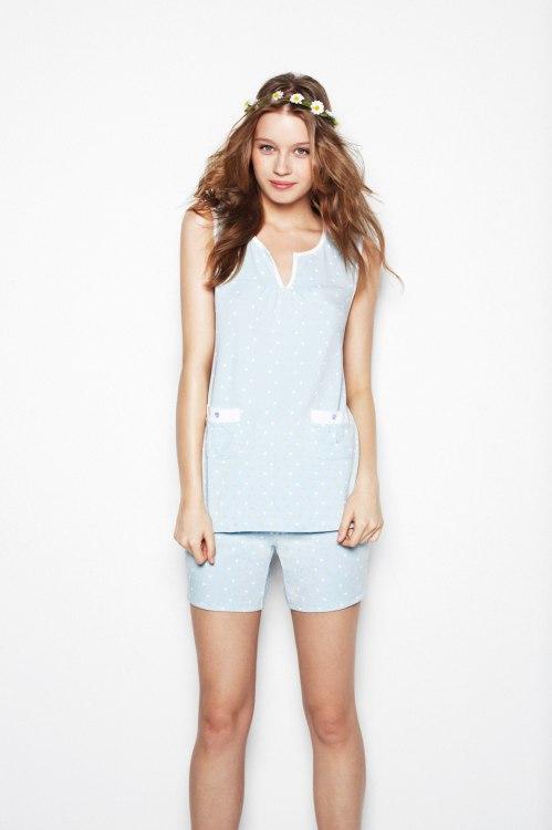 pijama corto en color celeste