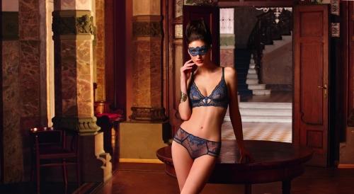 conjunto_sujetador_culotte_shorty_azul_sublime_Assur_bellezas de Babilonia