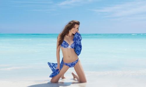 la caraibe girl_antigel_2014_bikini