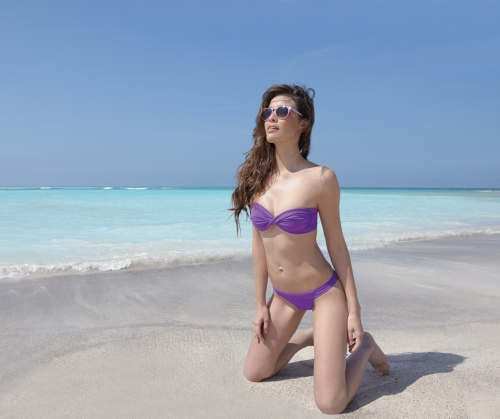 La Rocking Beauty_bikini_Antigel_2014