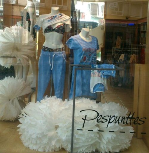 escaparate_lenceria_pespunttes